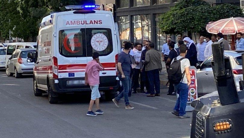 Diyarbakır'da adliye çıkışı taşlı sopalı kavga: 5 yaralı, 10 gözaltı