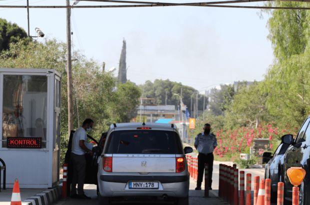 Kıbrıs'ta sınır kapıları açıldı