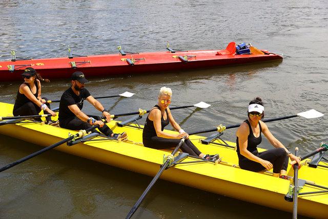 Pamela, Meriç Nehri'nde kürek çekti - Magazin haberleri