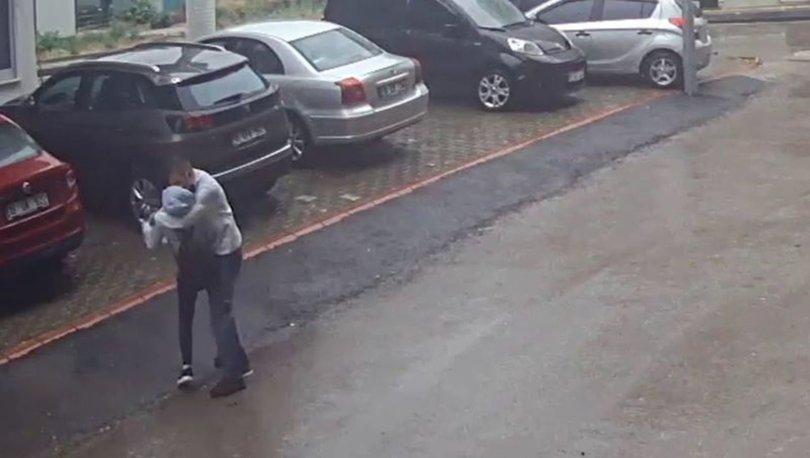 İĞRENÇ TACİZ! Son dakika: Yolda yürüyen kadınları taciz eden adam tutuklandı - VİDEO HABER