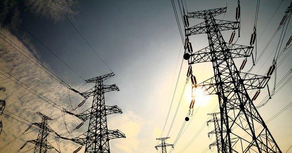 Spot elektrikte işlem hacmi arttı
