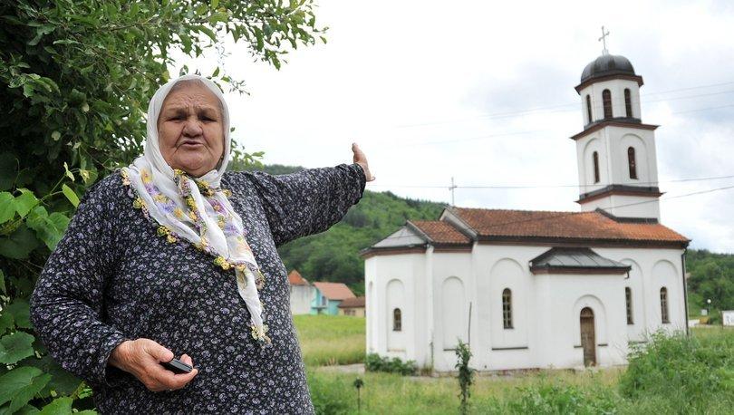Boşnak ninenin bahçesindeki izinsiz yapılan kilisenin yıkımına başlandı