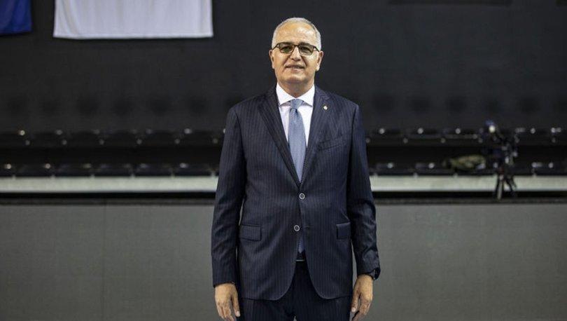 Mehmet Akif Üstündağ, A Milli Kadın Voleybol Takımı'nın 2021'e damga vuracağına inanıyor