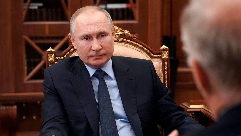 Putin, ABD'nin Sovyetler Birliği'nin vahim hatalarını tekrar ettiğini söyledi