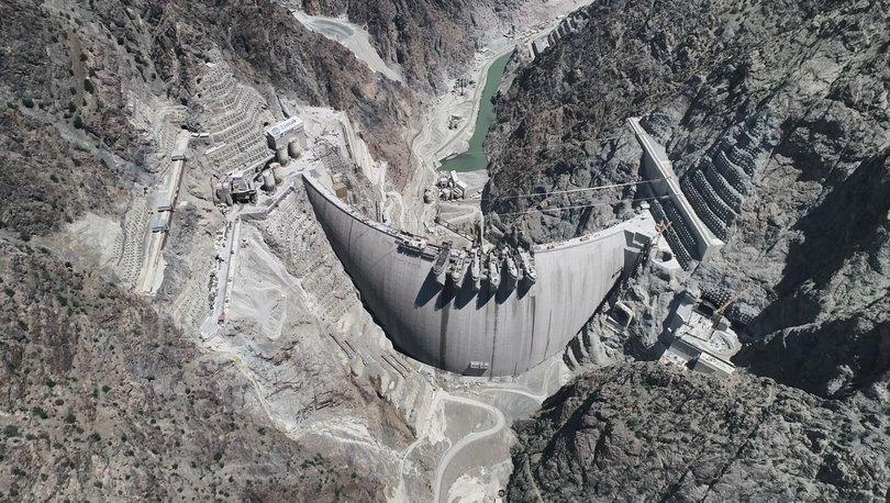 Yusufeli Barajı aralıkta su tutmaya başlayacak