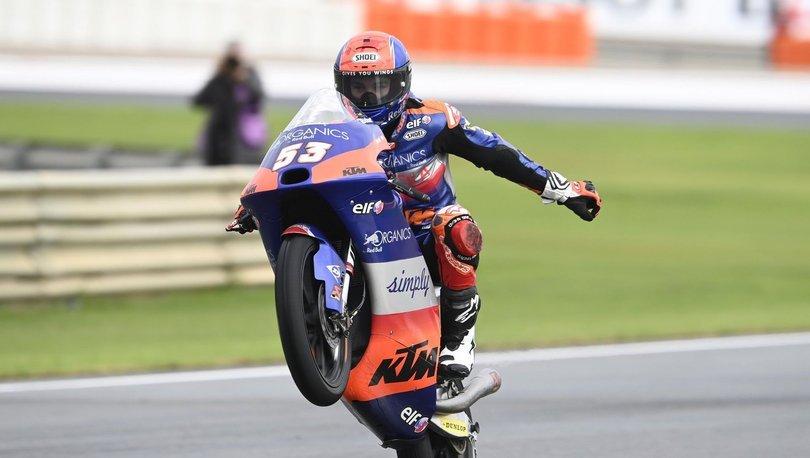 Moto3 Dünya Şampiyonası'nda 3. olan Deniz Öncü, kariyerinde ilk kez podyuma çıktı