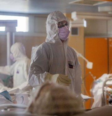 Son dakika... Sağlık Bakanlığı yeni koronavirüs tablosunu açıkladı. Bugün 5 bin 386 yeni vaka tespit edildi, 96 hasta ise hayatını kaybetti.