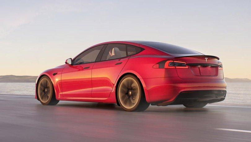 Elon Musk, Tesla'nın Model S Plaid Plus'ın iptal edildiğini duyurdu