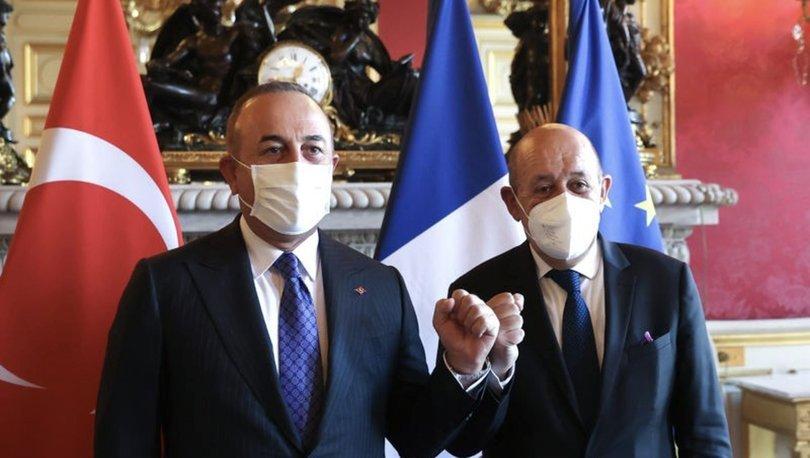 SON DAKİKA: Dışişleri Bakanı Mevlüt Çavuşoğlu, Fransız mevkidaşı Le Drian ile görüştü