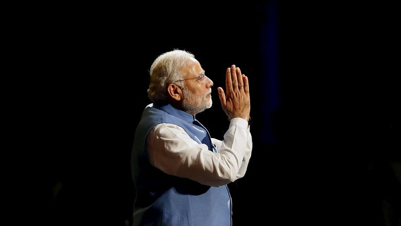 Hindistan Başbakanı Narendra Modi'den ücretsiz aşı duyurusu