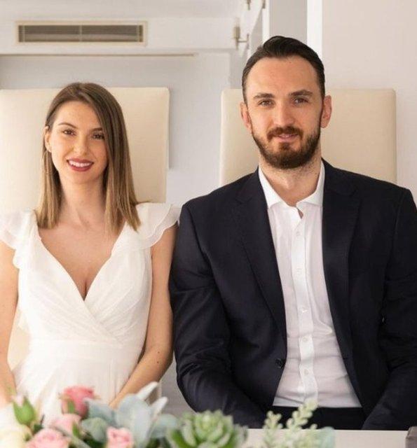 Semih Erden baba oluyor! Moni Petkovic hamile - Magazin haberleri
