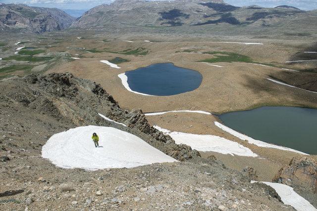 Mercan Dağları'nın 'mavi boncukları' hayran bırakıyor