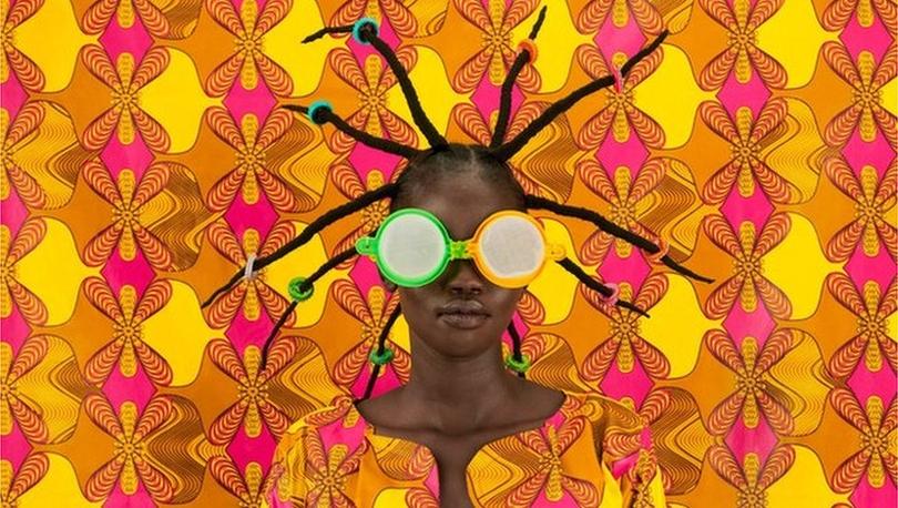 Kenyalı fotoğrafçı Thandiwe Muriu ve kamuflajlı modellerin cazibesi