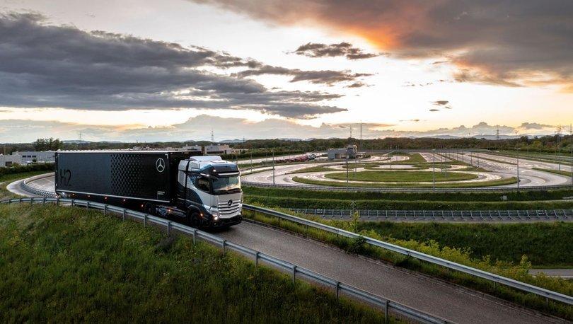 Daimler'in yeni nesil kamyonu teste çıktı!