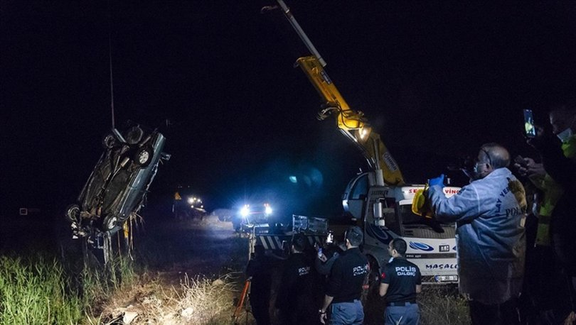 Ankara'da otomobil dereye devrildi: 3 ölü, 1 yaralı