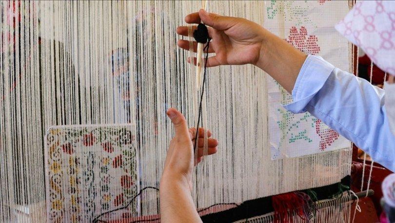 'Karabağ kilimi' gençlerin göz nuruyla geleceğe aktarılıyor