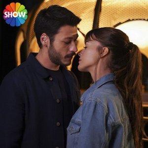 'CAM TAVANLAR' BU AKŞAM SHOW TV'DE BAŞLIYOR!