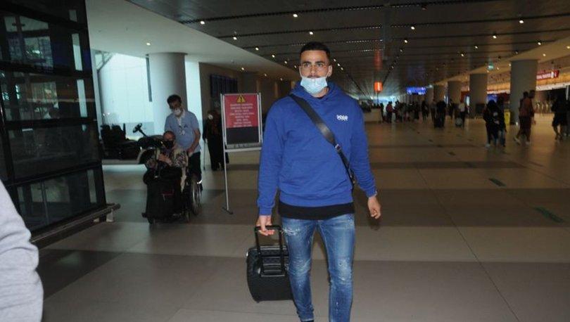Oussama Tannane Fenerbahçe için İstanbul'da