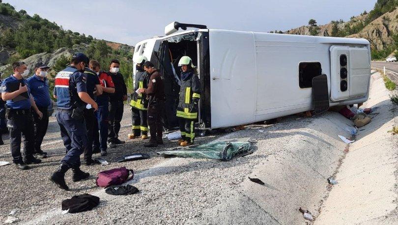 Son dakika: LÖSEV midibüsü devrildi: 25 yaralı - Haberler
