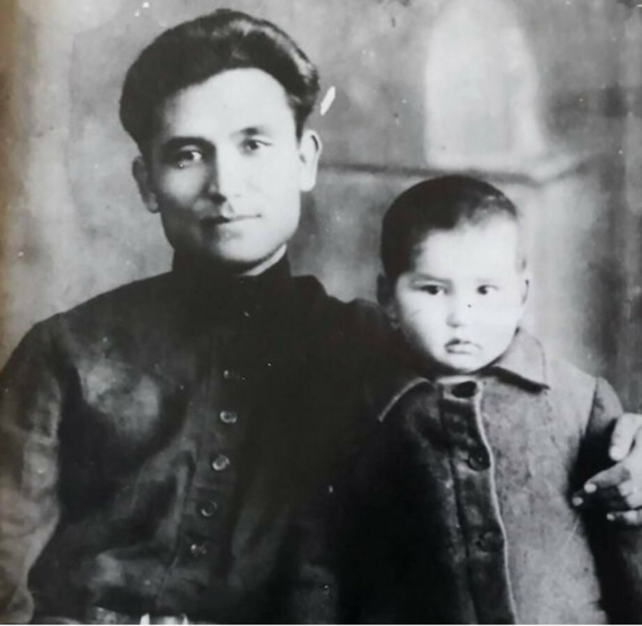Rekul Aytmatov - Cengiz Aytmatov