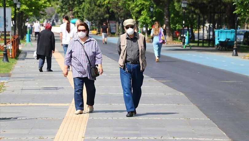 65 yaş üstü sokağa çıkma yasağı, toplu taşıma yasağı var mı? Gözler kabinede!