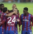 Kadrosunda 12 yabancı oyuncu bulunan ve Kasımpaşa ile sözleşmesi sona erecek Koita´yı da renklerine bağlamaya hazırlanan Trabzonspor, 8+6 yabancı kuralı nedeniyle transfer planlamasında mecburi değişikliğe gidiyor