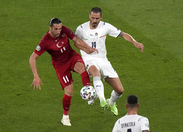 Türkiye - İtalya maçının yazar yorumları