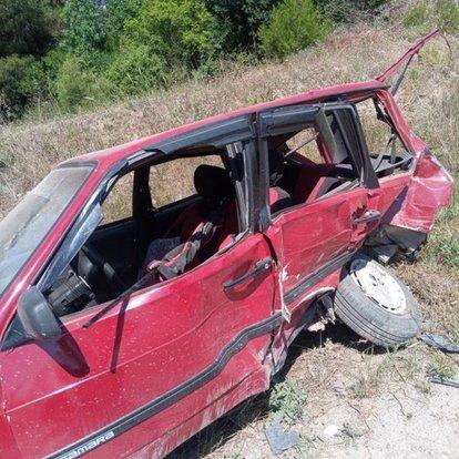 Balıkesir'de otomobil kamyonete çarptı: 1 ölü, 1 yaralı