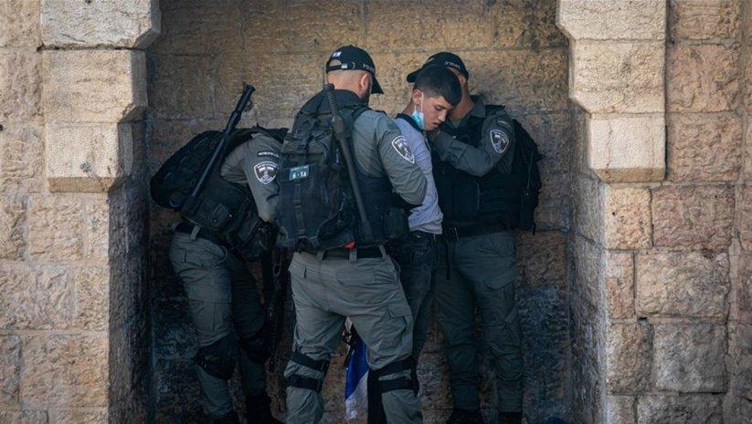 İsrail, Batı Şeria'da 3 çocuğu gözaltına aldı