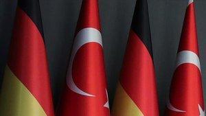 """""""Almanya, Türkiye ile ilişkilerinin bozulmaması için PKK'yı destekleyen heyete izin vermedi"""" iddiası"""