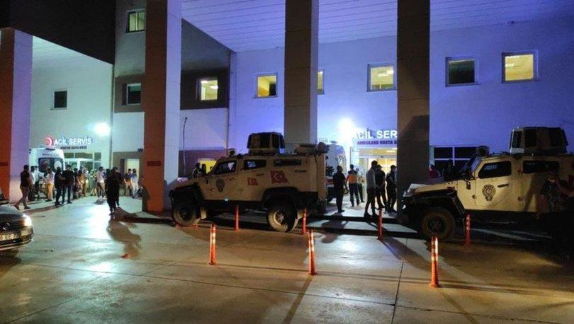 Mardin'de hafif ticari aracın çarptığı 2 öğretmen hayatını kaybetti