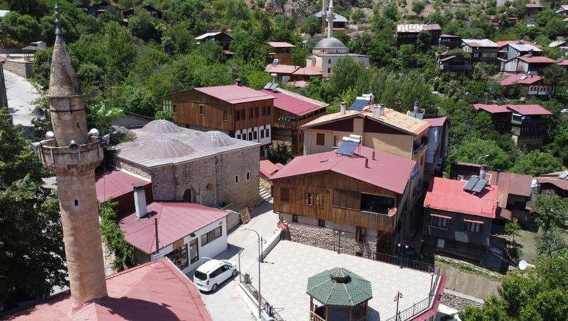 Medeniyetleri buluşturan Kemaliye UNESCO'nun kalıcı miras listesine girmek istiyor