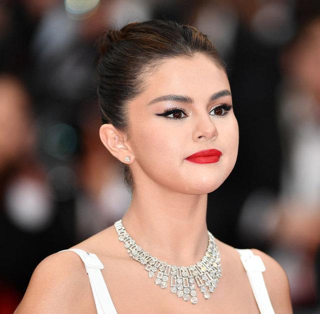 Selena Gomez: Güzellik standartları akıl sağlığımı bozdu - Magazin haberleri