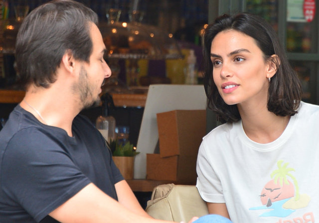Sadri Alışık ile Çağla Demir'den 'aşk' açıklaması - Magazin haberleri