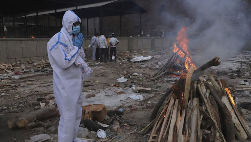 SON DAKİKA: Hindistan'da koronavirüs salgınında günlük vaka sayısı azalmaya devam ediyor
