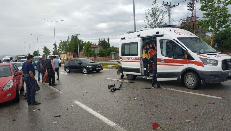 Çorum'da zincirleme kaza: 2 sağlık çalışanı yaralandı