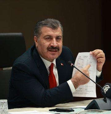 Son dakika... Sağlık Bakanı Fahrettin Koca: Saat 24 itibariyle, 18.584 merkezde 47.314 sağlık çalışanımız 1 Milyon 416 Bin 795 doz aşı yaptı. Elleriniz dert görmesin arkadaşlar
