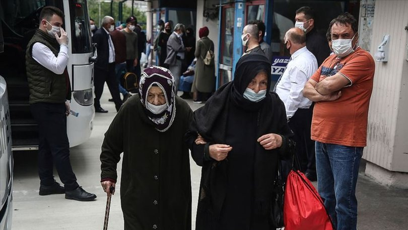 65 yaş üstü sokağa çıkma yasağı ve toplu taşıma yasağı hakkında yeni karar! 65 yaş üstü seyahat izni var mı?