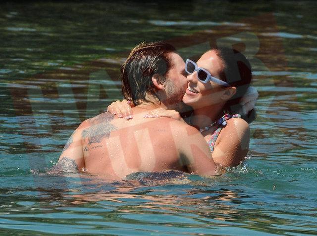 SUDA AŞK! Tarık Emir Tekin sevgilisi Sofia ile Bodrum'da! - Magazin haberleri