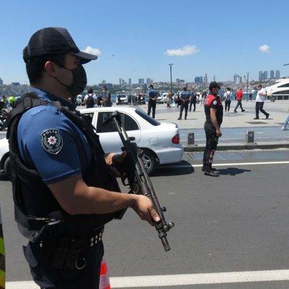 İstanbul'daki asayiş uygulamasında aranan 458 kişi yakalandı