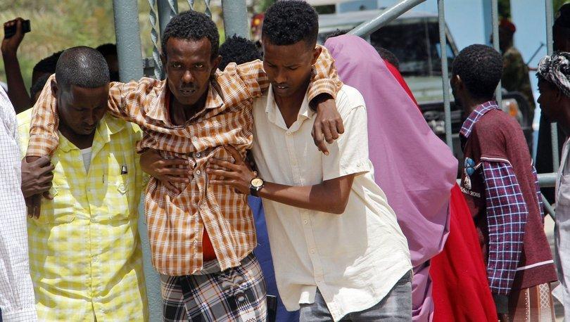 Somali'de askerî üsse bombalı araçla intihar saldırısı düzenlendi