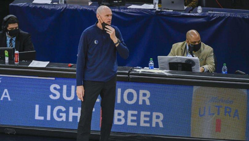 NBA'de Carlisle, 13 yıldır başantrenörlüğünü yaptığı Mavericks'ten ayrıldı