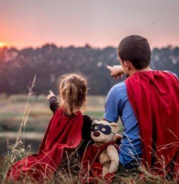 20 Haziran Pazar günü tüm dünyada Babalar Günü olarak kutlanacak. Babalar Gününde babasına güzel bir hediye alan herkes bu hediyeyi en anlamlı sözlerle taçlandırmak istiyor. Babalar Gününde babanıza ve sevdiğiniz insanlara anlamlı Babalar Günü mesajı göndermek isteyenler için en enlamlı Babalar Günü sözleri ve mesajlarını derledik.