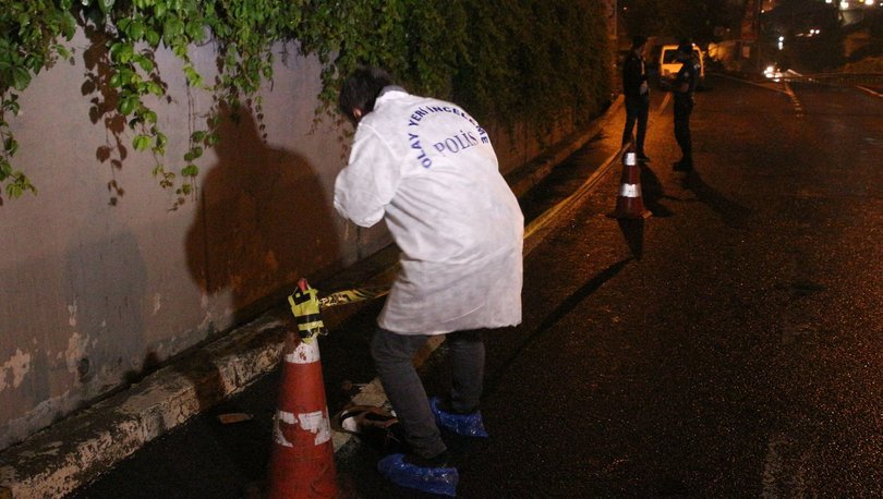 SON DAKİKA: Yardıma koşan sağlık çalışanlarını bıçakladı! - Haberler