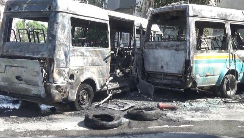 Çarpışan şehir içi yolcu minibüsleri yandı: 6 yaralı - Haberler