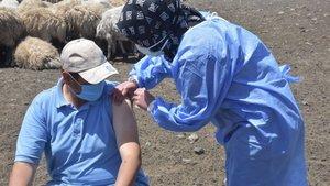Yayladaki vatandaşlara Covid-19 aşısı!