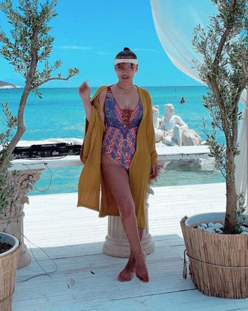 Yasmin Erbil sezonu Dubai'de açtı - Magazin haberleri