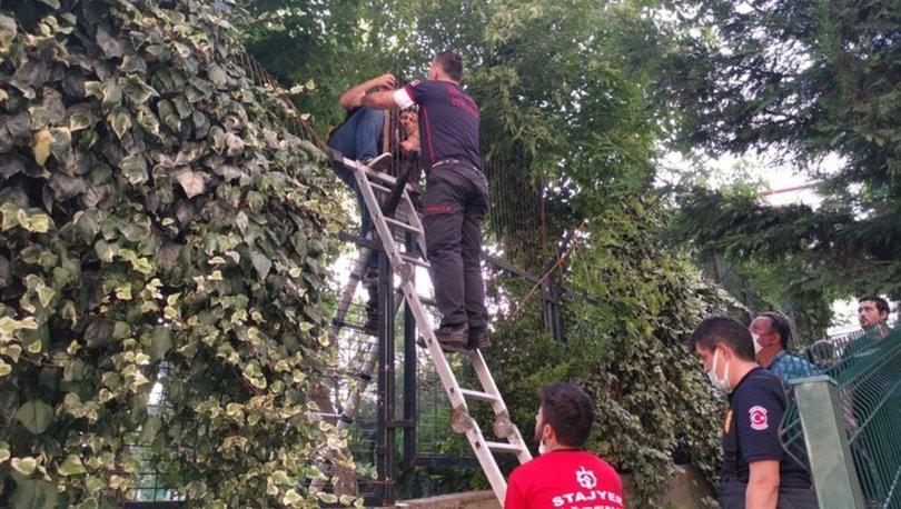 Gebze'de okul bahçesinde mahsur kalan çocuğu itfaiye ekipleri kurtardı