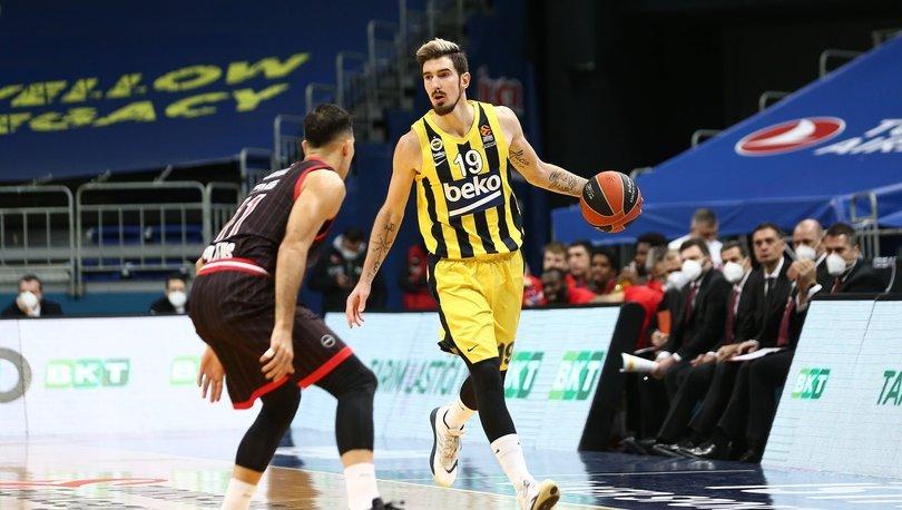 Nando De Colo 1 yıl daha Fenerbahçe'de