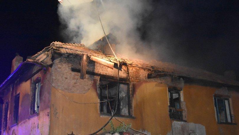 Korkunç yangından yürek burkan detay! 3 kız kardeş hayatını kaybetmişti! - Haberler
